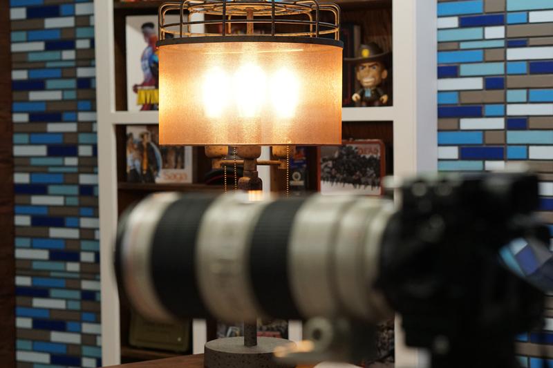 camera-lamp-shelf