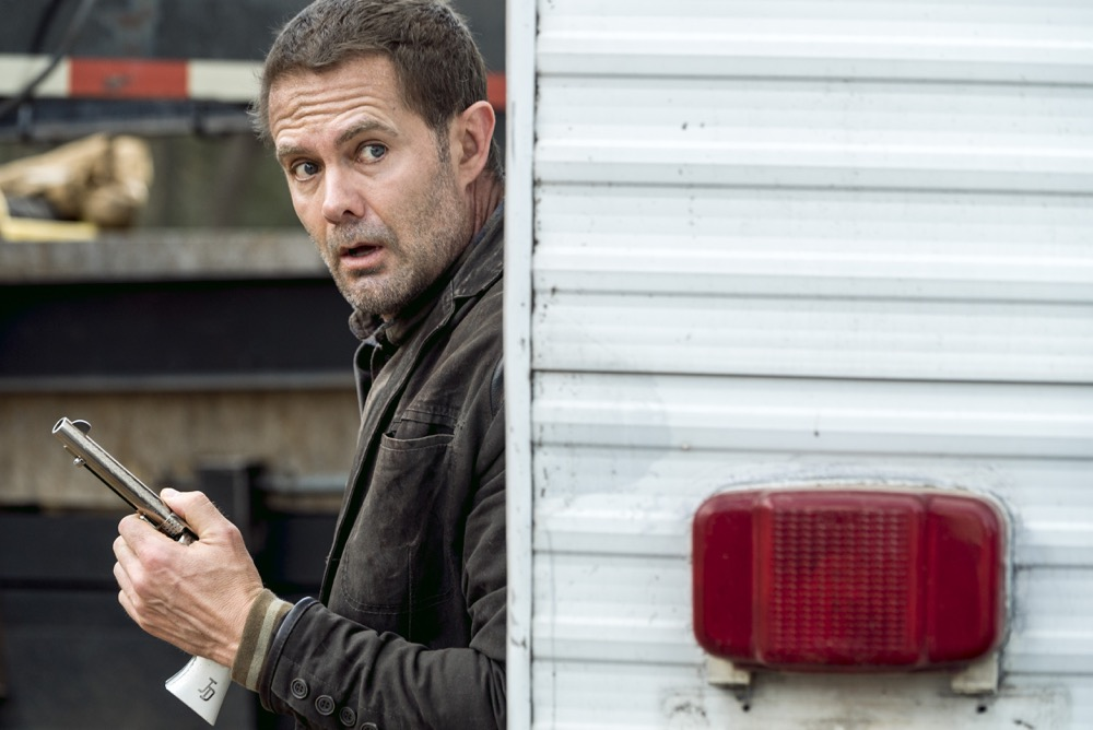 Garret Dillahunt as John - Fear the Walking Dead _ Season 4, Episode 1 - Photo Credit: Richard Foreman, Jr/AMC