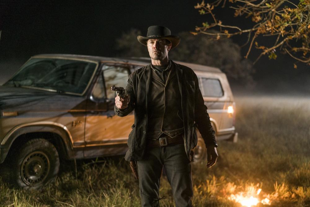 Garret Dillahunt as John- Fear the Walking Dead _ Season 4, Episode 1 - Photo Credit: Richard Foreman, Jr/AMC