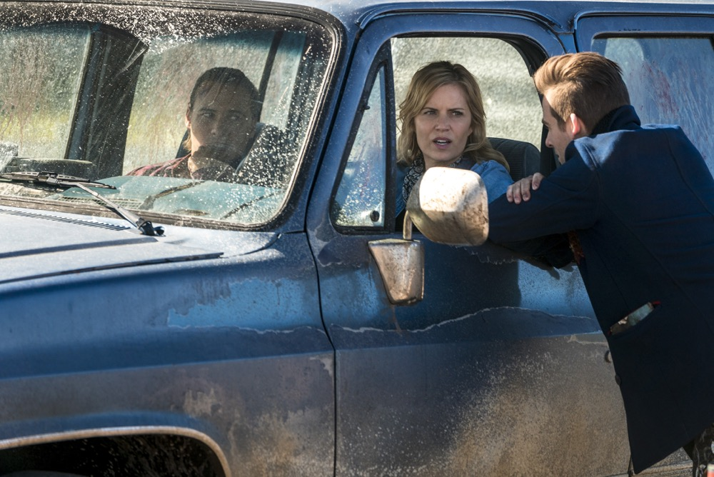Kim Dickens as Madison Clark, Frank Dillane as Nick Clark, Kevin Zegers as Mel - Fear the Walking Dead _ Season 4, Episode 3 - Photo Credit: Richard Foreman, Jr/AMC