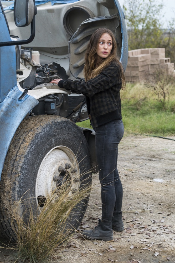 Alycia Debnam-Carey as Alicia Cl ark - Fear the Walking Dead _ Season 4, Episode 3 - Photo Credit: Richard Foreman, Jr/AMC