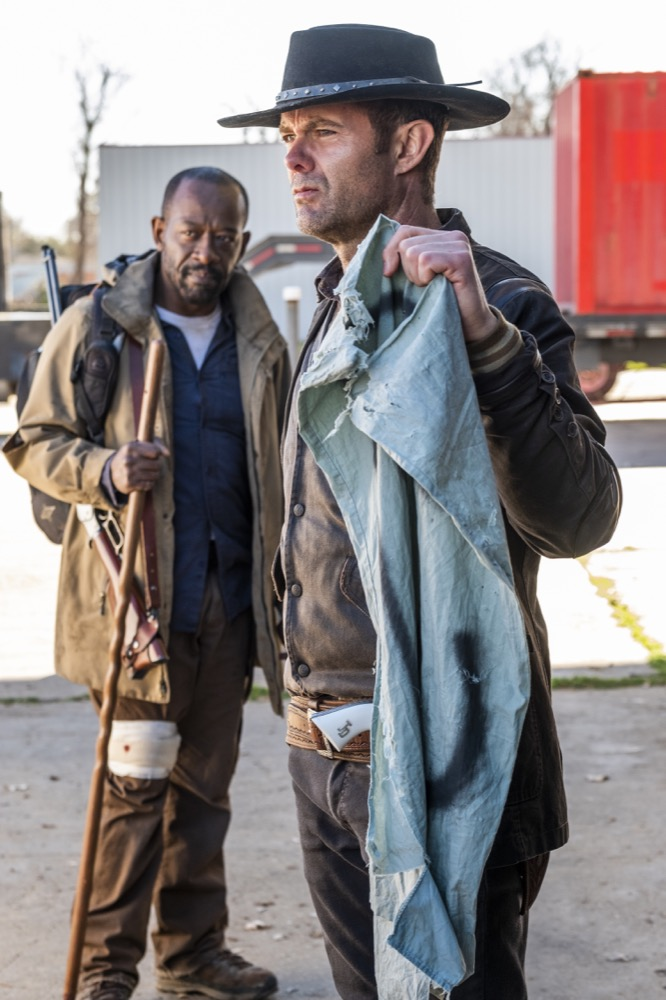 Lennie James as Morgan Jones, Garret Dillahunt as John Dorie - Fear the Walking Dead _ Season 4, Episode 6 - Photo Credit: Van Redin/AMC