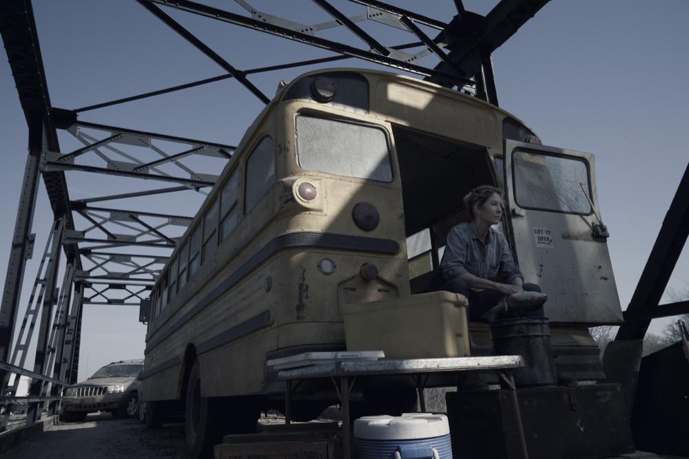 Jenna Elfman as Naomi- Fear the Walking Dead _ Season 4, Episode 9 - Photo Credit: Ryan Green/AMC