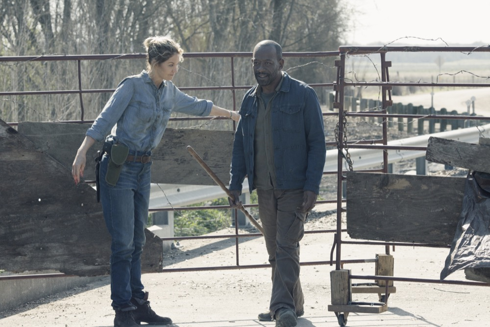 Jenna Elfman as Naomi, Lennie James as Morgan Jones - Fear the Walking Dead _ Season 4, Episode 9 - Photo Credit: Ryan Green/AMC