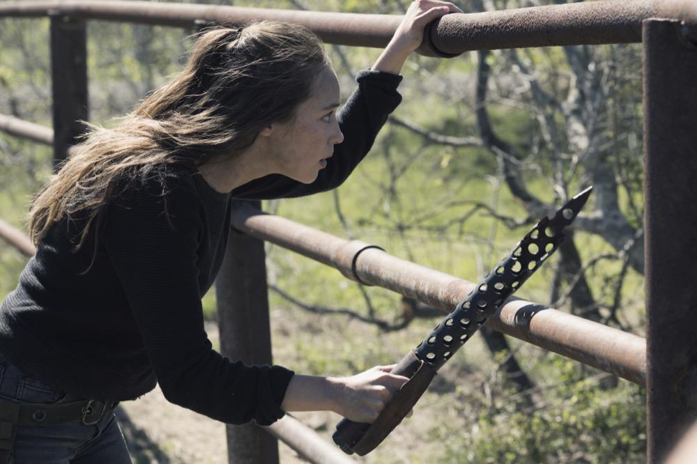 Alycia Debnam-Carey as Alicia Clark; single- Fear the Walking Dead _ Season 4, Episode 9 - Photo Credit: Ryan Green/AMC