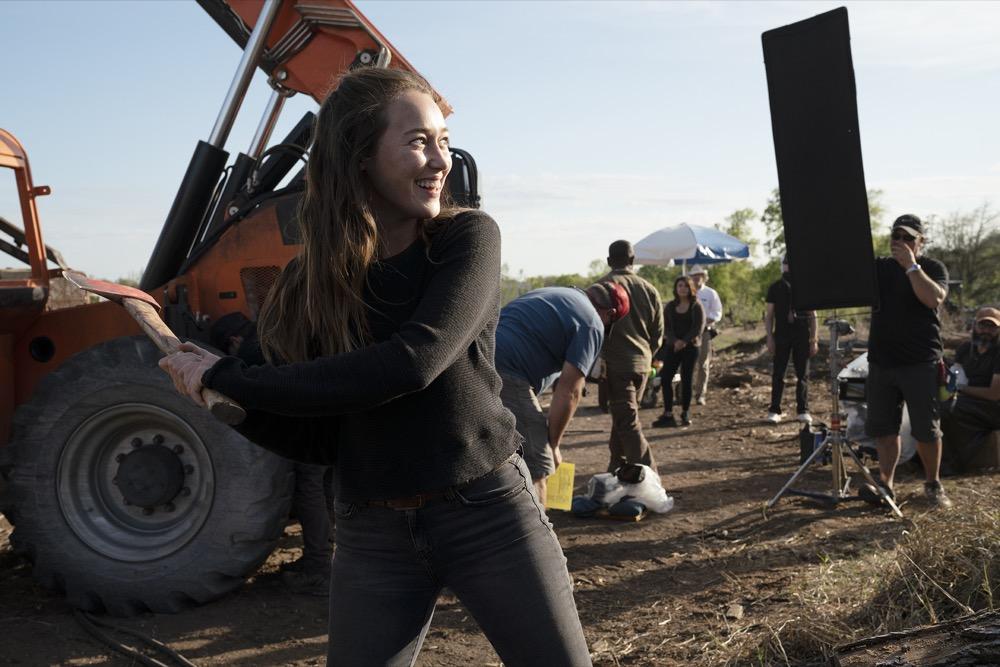 BTS, Alycia Debnam-Carey as Alicia Clark- Fear the Walking Dead _ Season 4, Episode 9 - Photo Credit: Ryan Green/AMC