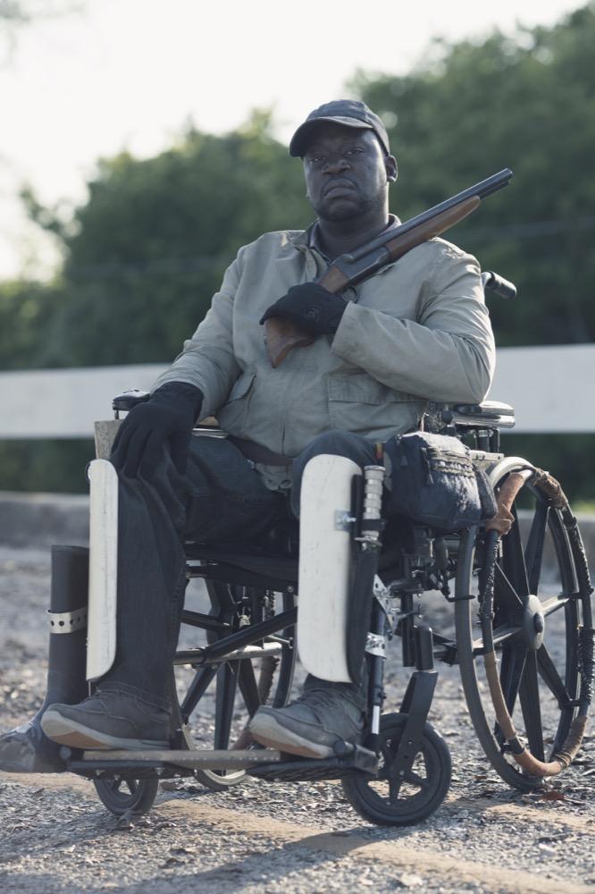 Daryl Mitchell as Wendell- Fear the Walking Dead _ Season 4, Episode 11 - Photo Credit: Ryan Green/AMC