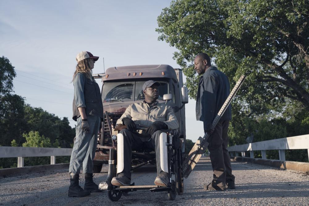 Mo Collins as Sarah, Daryl Mitchell as Wendell, Lennie James as Morgan Jones- Fear the Walking Dead _ Season 4, Episode 11 - Photo Credit: Ryan Green/AMC