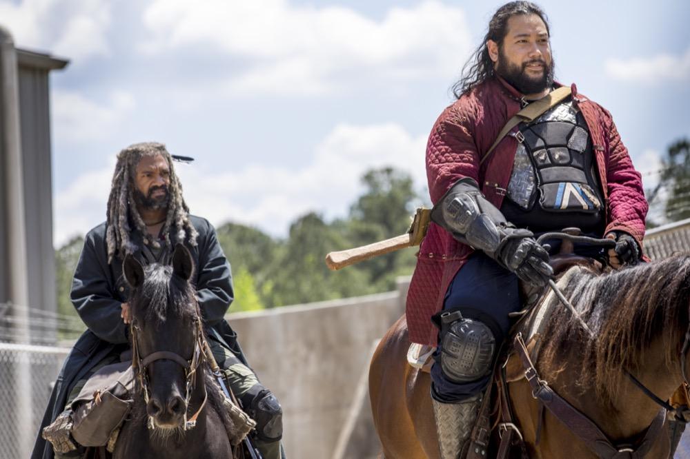 Khary Payton as Ezekiel, Cooper Andrews as Jerry- The Walking Dead _ Season 9, Episode 1 - Photo Credit: Jackson Lee Davis/AMC