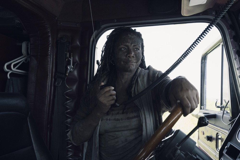 Tonya Pinkins as Martha/Filthy Woman- Fear the Walking Dead _ Season 4, Episode 14 - Photo Credit: Ryan Green/AMC