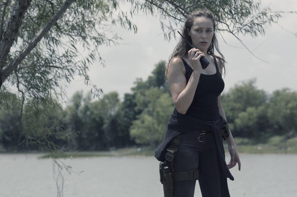 Alycia Debnam-Carey as Alicia Clark- Fear the Walking Dead _ Season 4, Episode 15 - Photo Credit: Ryan Green/AMC