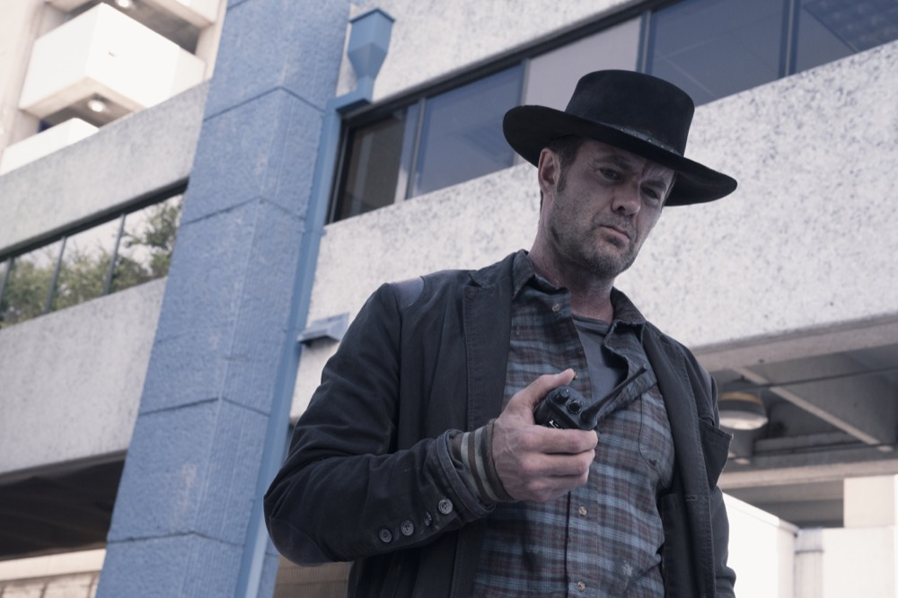 Garret Dillahunt as John Dorie- Fear the Walking Dead _ Season 4, Episode 15 - Photo Credit: Ryan Green/AMC