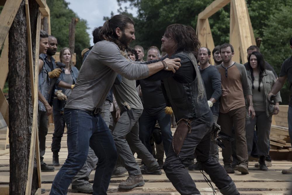 Zach McGowan as Justin, Norman Reedus as Daryl Dixon- The Walking Dead _ Season 9, Episode 2 - Photo Credit: Jackson Lee Davis/AMC