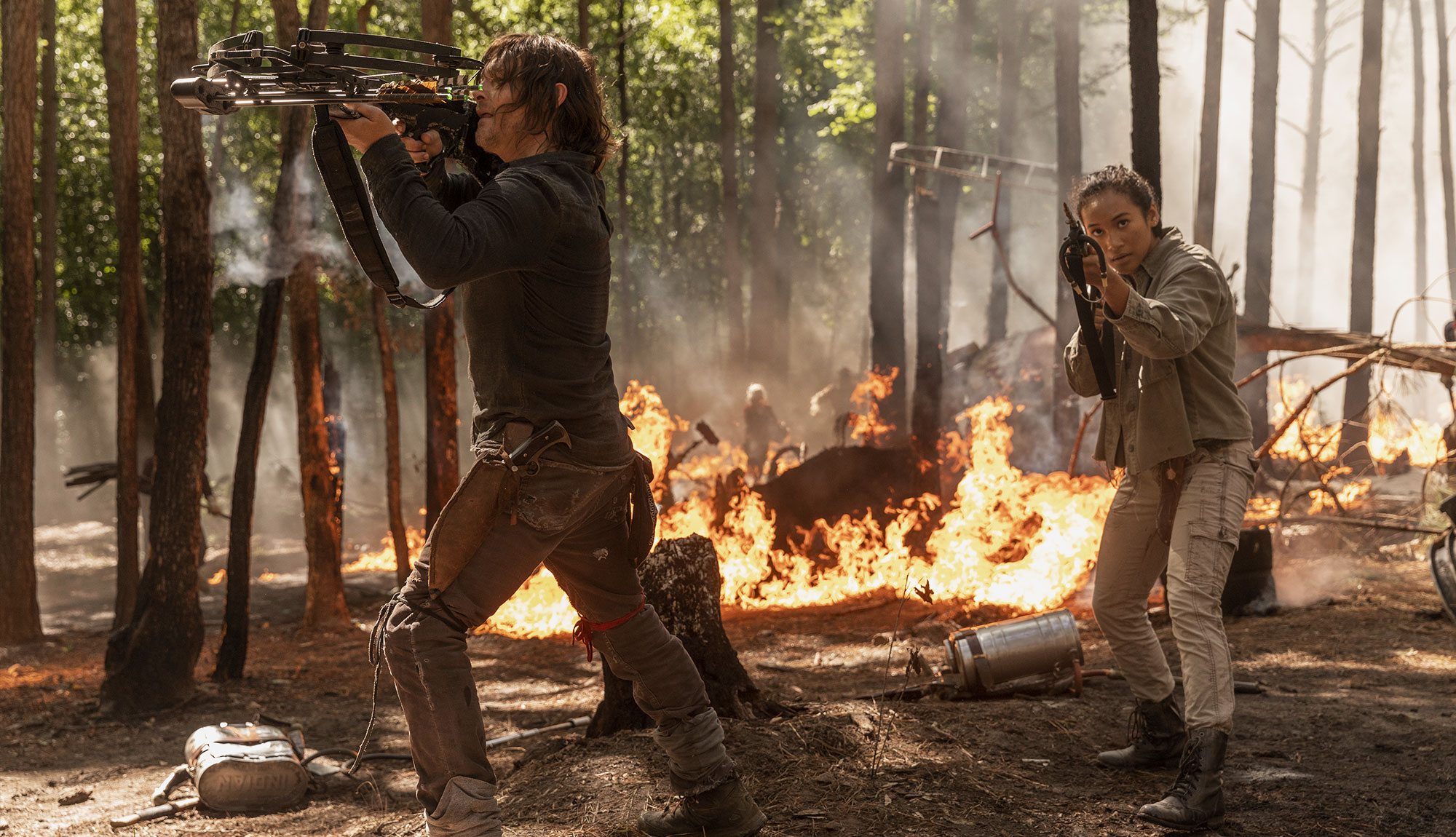 Daryl & The Gang Team Up To Extinguish Flames and Walkers in Episode 1001 Scene
